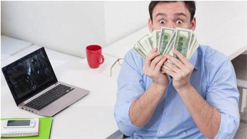 ربح المال من الانترنت عمل وليس حظ